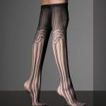 uzun çizgili diz altı çorap modeli