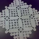 yıldız motifli dantel örtü modeli