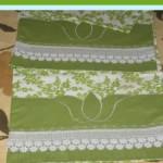 yeşil dantelli ve aplikeli pike takımı