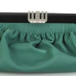 yeşil renkli şık abiye çanta modeli