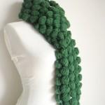 yeşil renkli fıstıklı örgü şal modeli