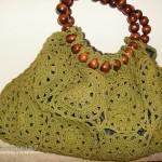 yeşil renkli tığ işi örgü çanta modeli