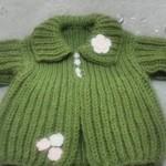 yeşil selanik örgüsü bebek hırka modeli