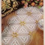 yuvarlak çiçek desenli dantel konsol örtüsü