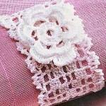 çiçek desenli dantel peçete halkası