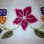 çiçek desenli punch iğnesi havlu modeli