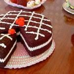 çikolatalı pasta görünümlü örgü mutfak süsü