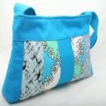 açık mavi kumaş çanta modeli