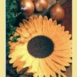 ay çiçeği desenli örgü tutacak modeli