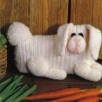 beyaz örgü oyuncak tavşan modeli