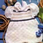 beyaz bebe yakalı örgü bebek tulumu