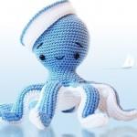 beyaz mavi sevimli ahtapot figürlü amigurumi modeli