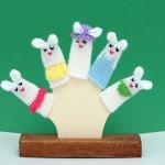 beyaz tavşancıklar örgü parmak kukla örnekleri