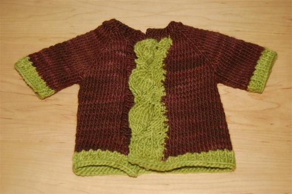 Bebek süveterleri /ceket şeklinde iki renkli örgü bebek süveter