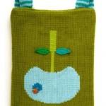 elma desenli yeşil örgü sırt çantası modeli