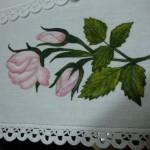 gül yapraklı kumaş boyama örneği
