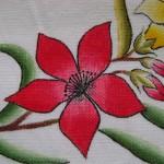 kırmızı çiçek desenli kumaş boyama örneği