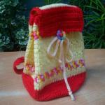 kırmızı beyaz örgü çocuk sırt çantası modeli