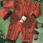 kırmızı cepli örgü bebek tulumu ve beresi