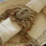 kahverengi taşlı örgü peçete halkası modeli