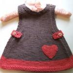kalpli askılı örgü bebek elbisesi modeli