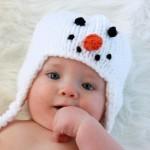 kardan adamlı şirin örgü bebek beresi modeli