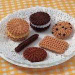 kurabiye desenli örgü süs modelleri