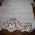 lale desenli beyaz iş konsol örtüsü modeli