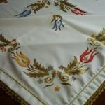 lale desenli kumaş boyama örtü örneği
