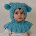 mavi boyunluklu şirin bebek beresi modeli