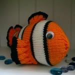nemo balık görünümlü örgü oyuncak modeli