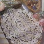 oval dantel tepsi örtüsü modeli