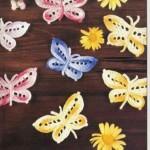 rengarenk örgü kelebek buzdolabı süsü modeli