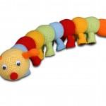 rengarenk amigurumi tırtıl modeli