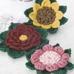 rengarenk yeşil yapraklı örgü çiçek modelleri