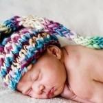 rengarenk yeni doğan şirin bebek beresi modeli