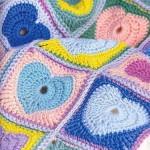 renk renk kalp motifli örgü beebk battaniyesi
