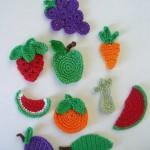 renkli meyve desenli örgü buzdolabı süsleri