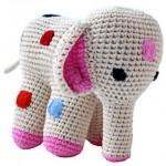sevimli örgü oyuncak fil modeli