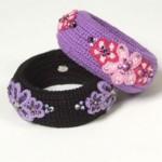 siyah mor çiçek desenli örgü bilezik modelleri