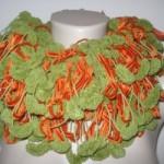 turuncu yeşil koza ipten örgü atkı modeli