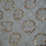 yaldızlı çiçek desenli tel kırma örtü modeli