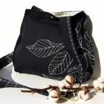 yaprak desenli siyah kumaş çanta modeli