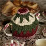 yeşil kırmızı örgü çaydanlık modeli