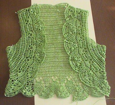 Dantel yelek örnekleri yeşil kısa dantel yelek modeli