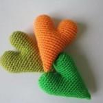 yeşil turuncu örgü kalpli anahtarlık modelleri