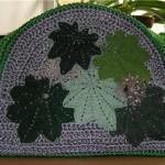 yeşil yaprak desenli makrome çanta modeli