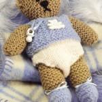 yeni doğan bebek figürlü örgü ayıcık modeli