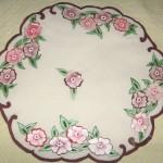 yuvarlak çiçek desenli kumaş boyama örneği