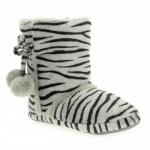 zebra desenli ponponlu panduf modeli